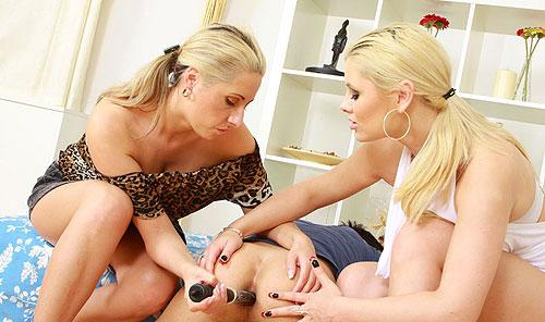 Strapon Punishing Girls